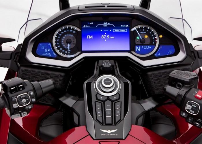 Honda GL1800 Gold Wing 2018 kokpit