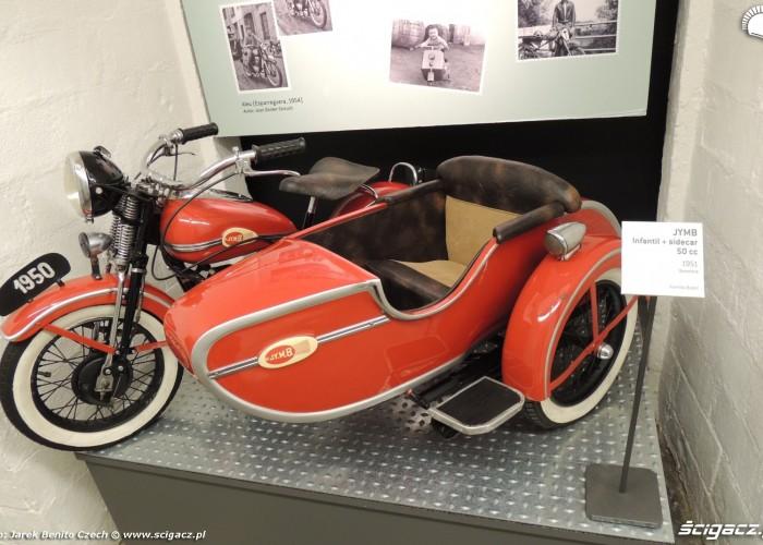 Muzeum motocykli w Barcelonie 18 JYMB