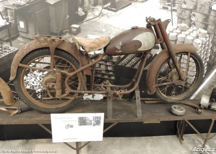 Muzeum motocykli w Barcelonie 21 Moto Ardilla