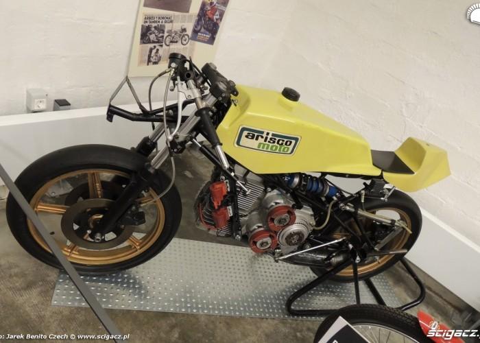 Muzeum motocykli w Barcelonie 24 Arisco Moto