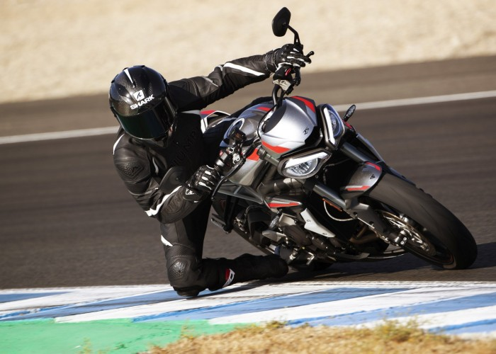 New Street Triple RS Dynamic 11