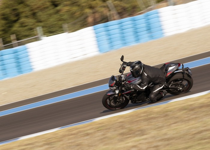 New Street Triple RS Dynamic 12