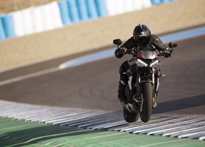 New Street Triple RS Dynamic 15