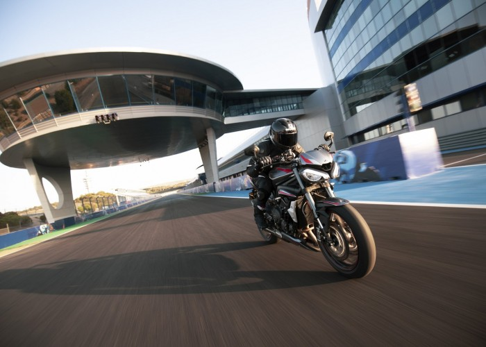 New Street Triple RS Dynamic 6