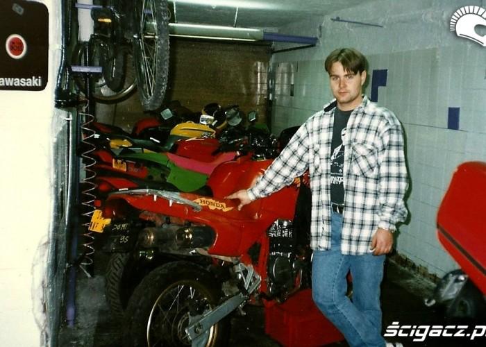 Rok 1995 garaz Rafala