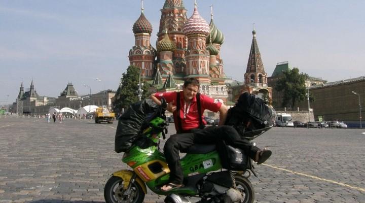 Moskwa na skuterze z