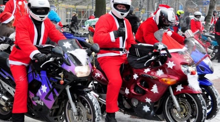 motomikolajowie na motocyklach z