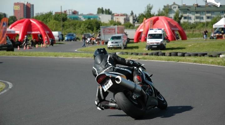 na kolanie w lewo Honda Pro-Motor Lublin