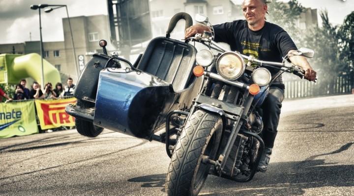 stunt rat style - Motocyklowa Niedziela na BP w Warszawie 2011