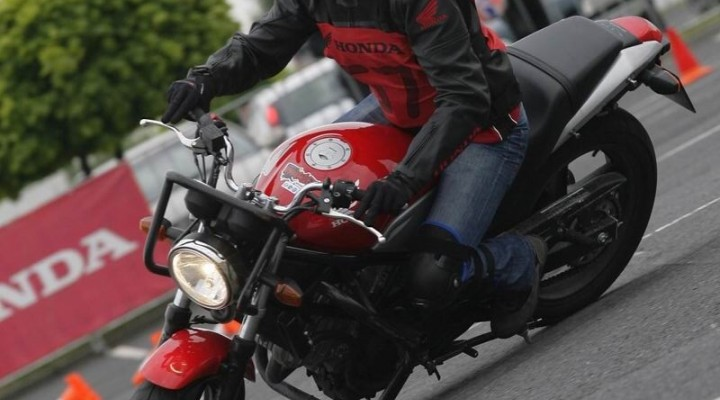 Honda VTR zwyciezca tychy