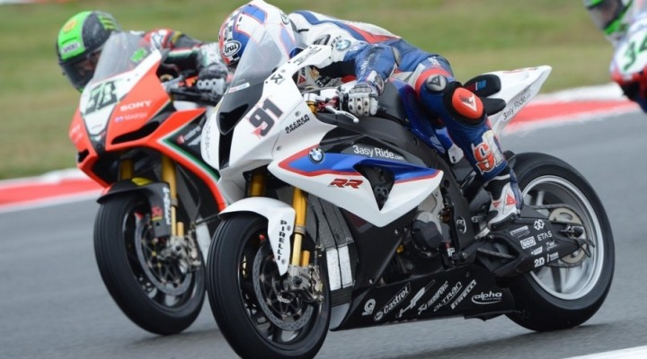 World Superbike Melandri Haslam Magny Cours z