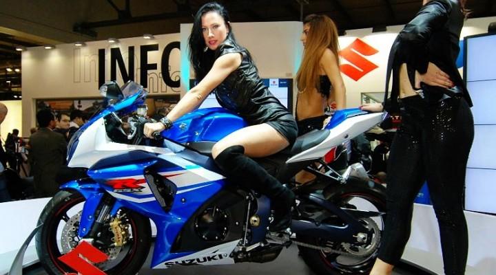 Suzuki GSXR 1000 i dziewczyny z