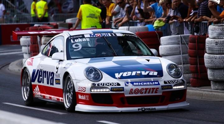 Porshe Verva Verva Street Racing