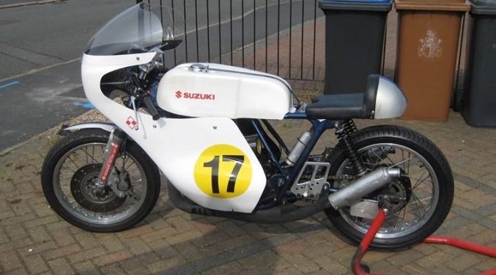 Suzuki T500 statyczne z