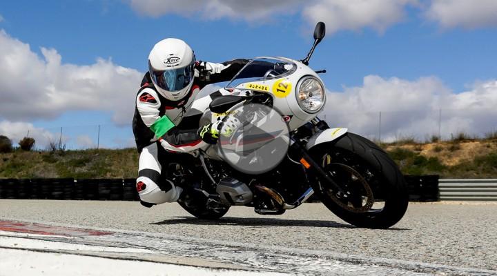 bmw rninet racer on track z