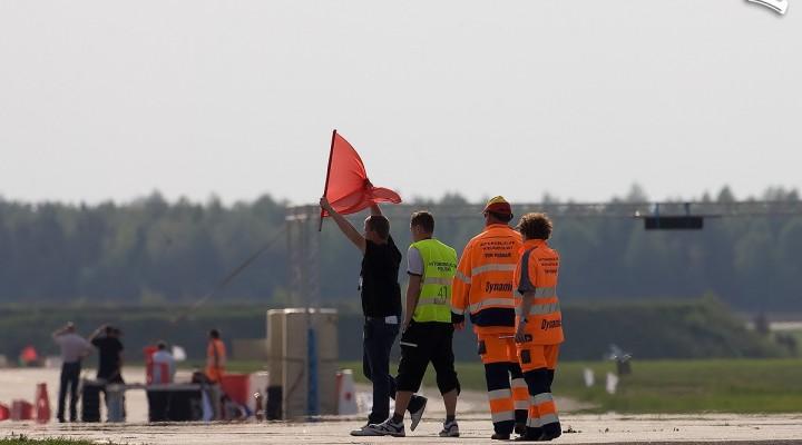czerwona flaga modlin wmmp 2010 b mg 0374