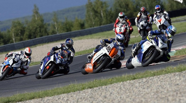 start wyscig superbike n2 mg 0096 wmmp most 2011