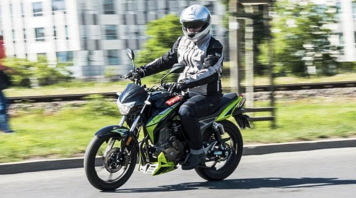 Junak 125 Racer 2018 34 z