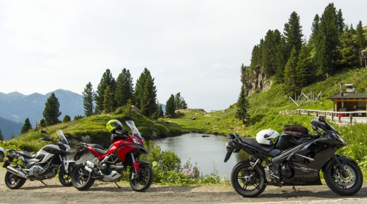motocyklowe klimaty na Passo Manghen z