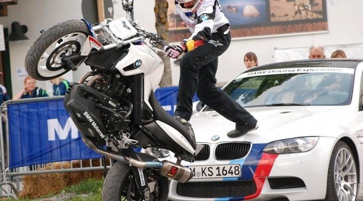 Samochod i motocykl BMW z