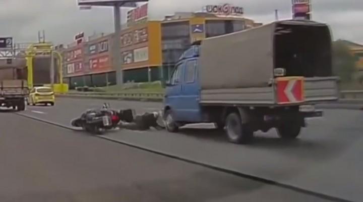 wypadek na skuterze z