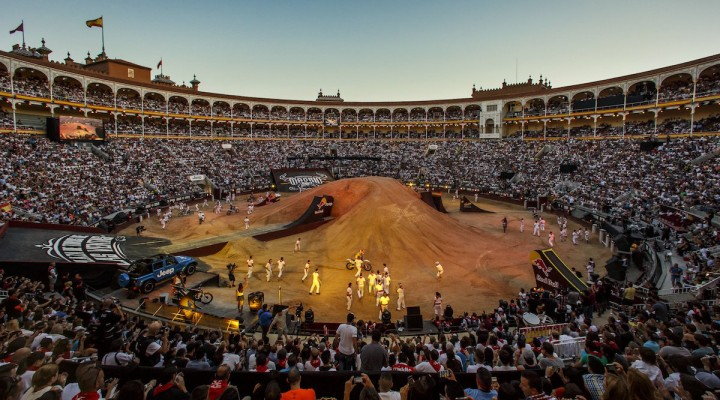 x fighters 2016 arena z