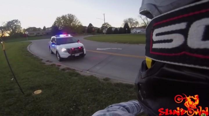 policja vs motocross z