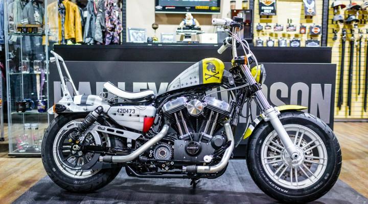 Bitwa Krolow 2017 Harley Davidson Sportster Lodz z prawej z