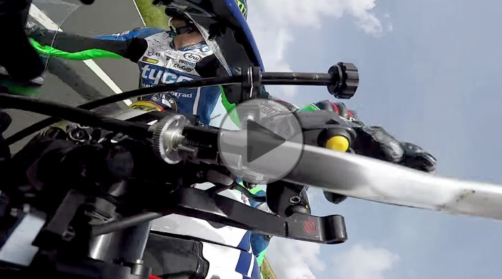 Ian Hutchinson Crash in the Isle of Man TT 2017 Senior Race z