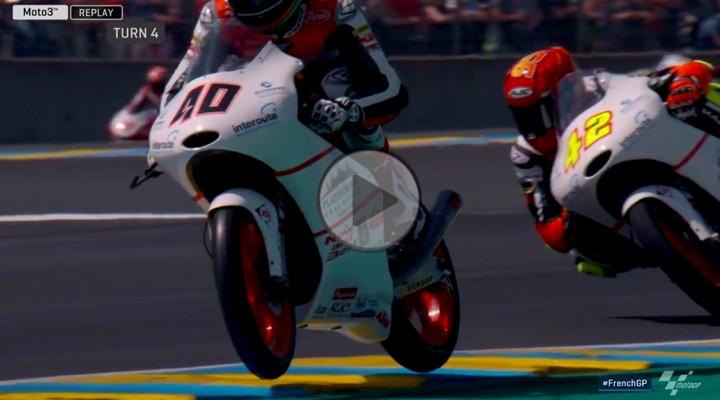 Latajacy motocykl w Moto3 z