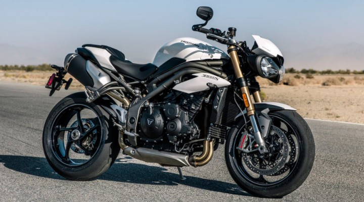 Triumph Speed Triple 2018 statyka z