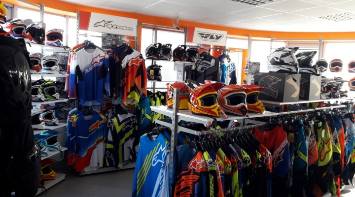 IM Inter Motors Outlet Lomianki 02 z
