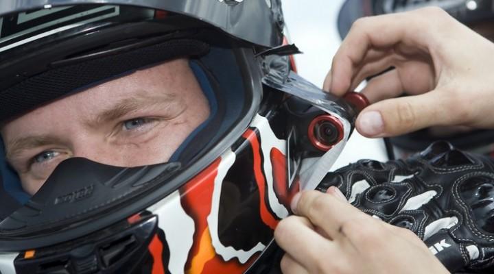 Kamera na kasku motocyklowym z