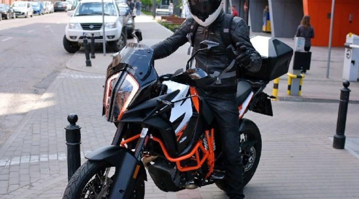 KTM 1290 Super Adventure R Barry z