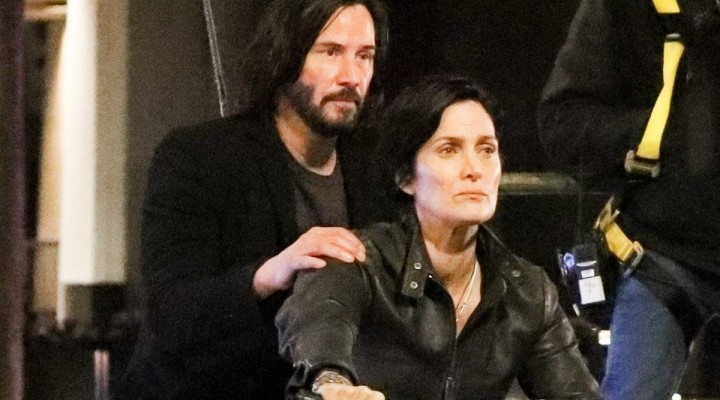 Keanu Reeves Carrie Anne Moss 2020 z
