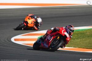 MotoGP Walencja 2017 22 Sam Lowes Aprilia Gresini 23
