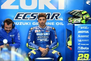MotoGP Walencja 2017 29 Andrea Iannone Ecstar Suzuki 2