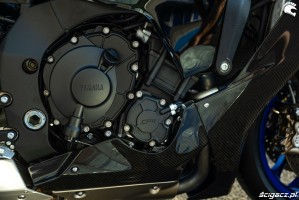 Yamaha R1 M 2020 silnik