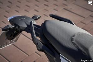 BMW F900R 2020 kanapa