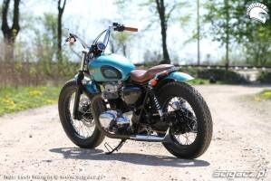 11 Kawasaki W 650 Flying Duxe custom Dos Manos