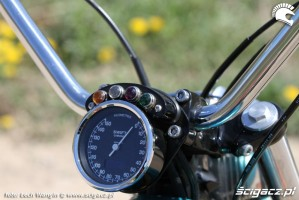 25 Kawasaki W 650 Flying Duxe zegar