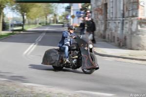05 Harley Davidson Sportster 1200 Led Sled custom na ulicy