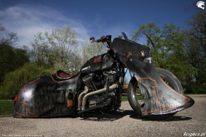 26 Harley Davidson Sportster 1200 Led Sled custom prawy bok