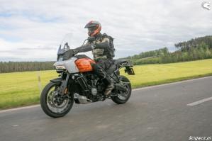 40 Harley Davidson 1250 Pan America 2021 test motocykla