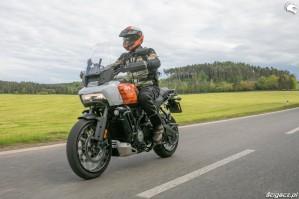 42 Harley Davidson 1250 Pan America 2021 test motocykla