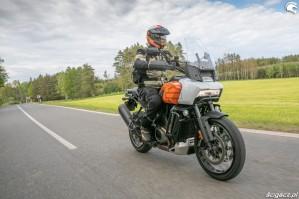 53 Harley Davidson 1250 Pan America 2021 test motocykla