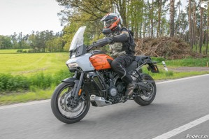 55 Harley Davidson 1250 Pan America 2021 test motocykla