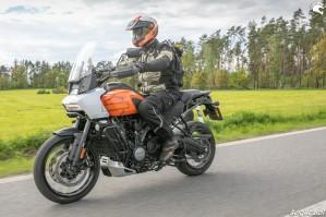 56 Harley Davidson 1250 Pan America 2021 test motocykla