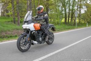 57 Harley Davidson 1250 Pan America 2021 test motocykla