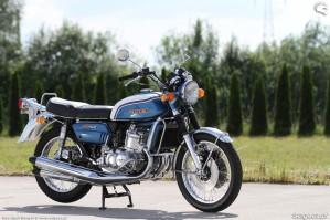 05 Suzuki GT 750 olschool